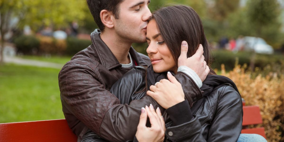 http://www.expatspsychologist.nl/wp-content/uploads/2016/06/portrait-of-a-beautiful-young-couple-hugging-outdoors-on-the-bench_rt-eIyE0ri-1200x600.jpg